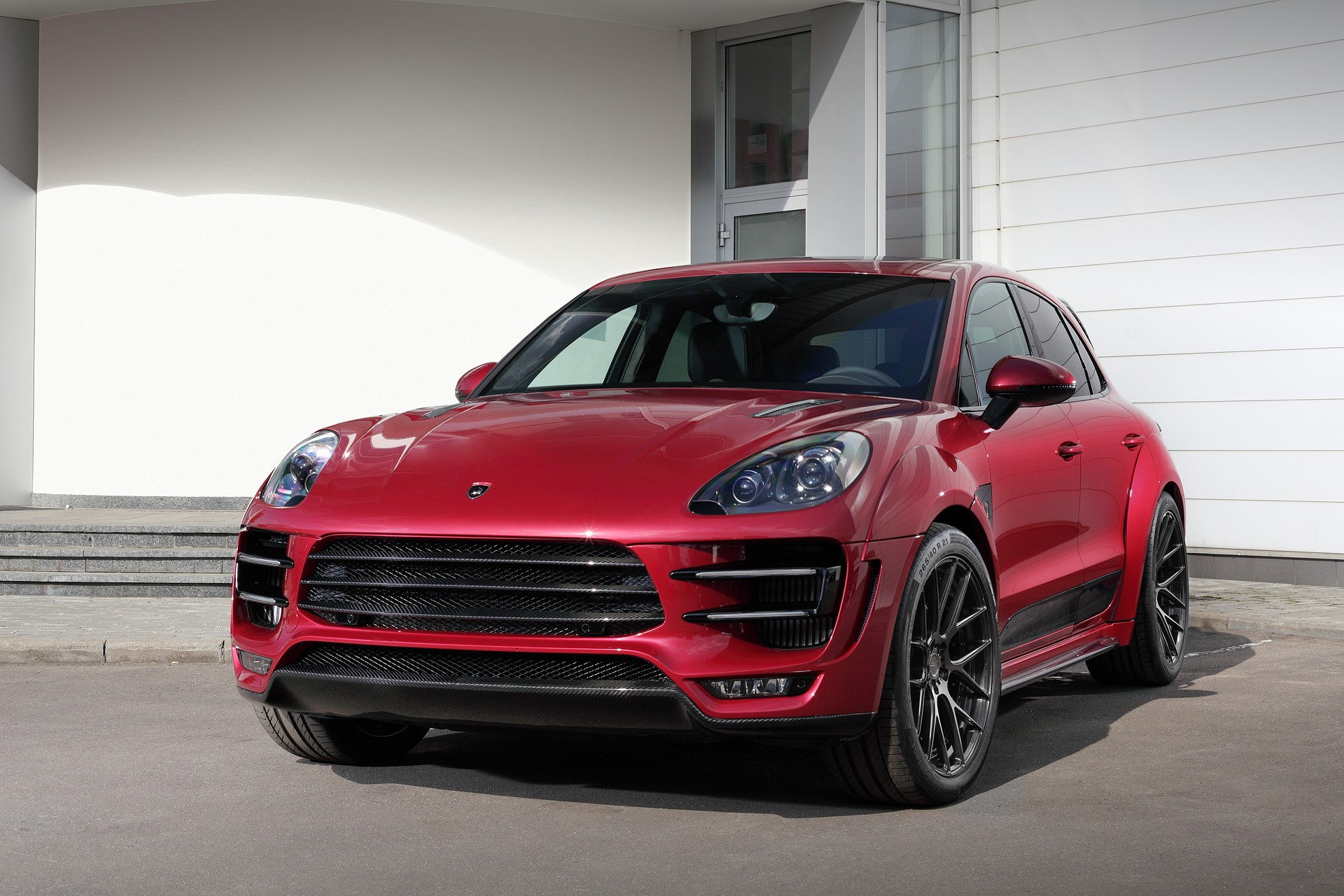 Porsche Macan URSA. RED / TopCar on honda fit in red, kia cadenza in red, range rover in red, dodge journey in red, maserati in red, honda pilot in red, bentley in red, audi in red, car in red, hennessey venom gt in red, ferrari in red, bugatti in red, honda civic in red, ford flex in red, ford focus in red, kia optima in red, lincoln mkt in red, porsche 944 in red, subaru impreza in red, ford ecosport in red,