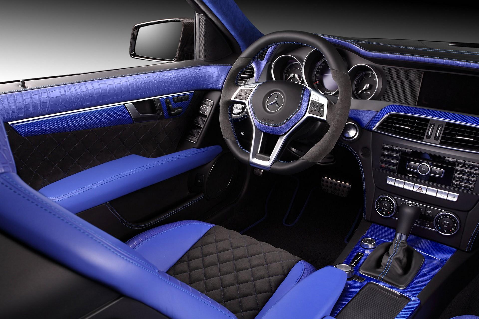 Interior Mercedes-Benz C63 AMG / TopCar